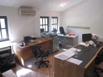 Poslovni prostor 175m² Autokomanda